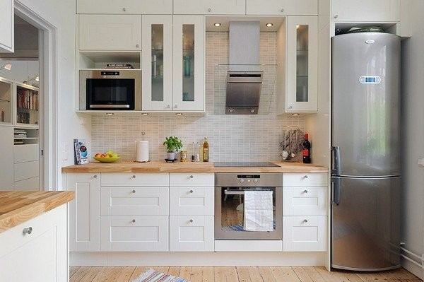 30 exemples de cuisines simples et lumineuses for Small kitchen designs pictures and samples