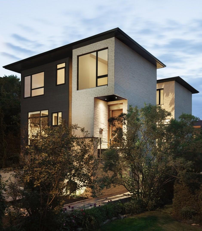 Une petite maison deux tages tr s design avec son plan for Petite maison design