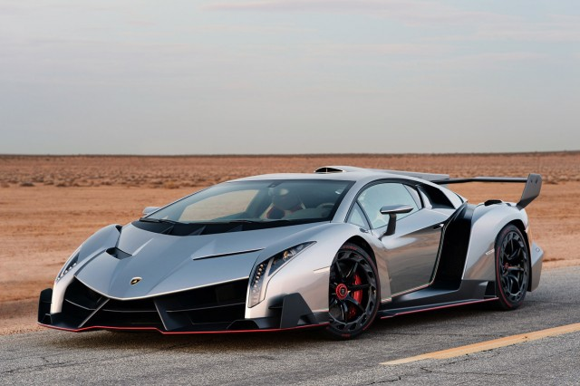 une nouvelle lamborghini veneno 4 7 millions de dollars. Black Bedroom Furniture Sets. Home Design Ideas